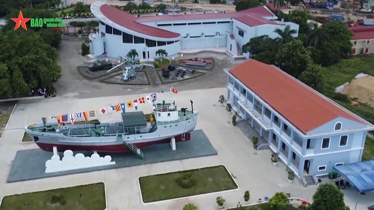 Đường Hồ Chí Minh trên biển và con tàu bảo vật quốc gia