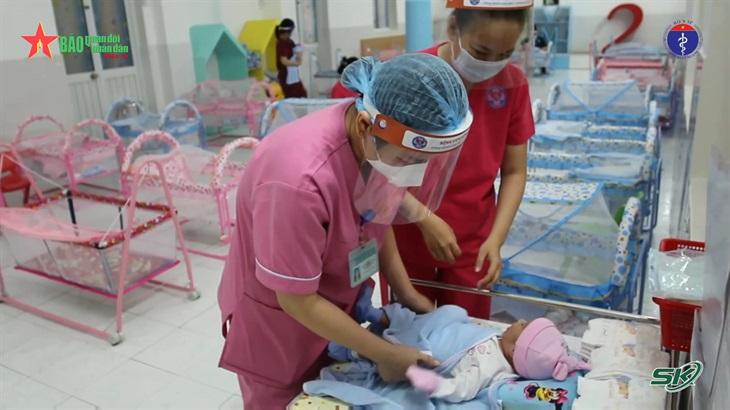 Nơi chăm sóc trẻ sơ sinh có mẹ là F0