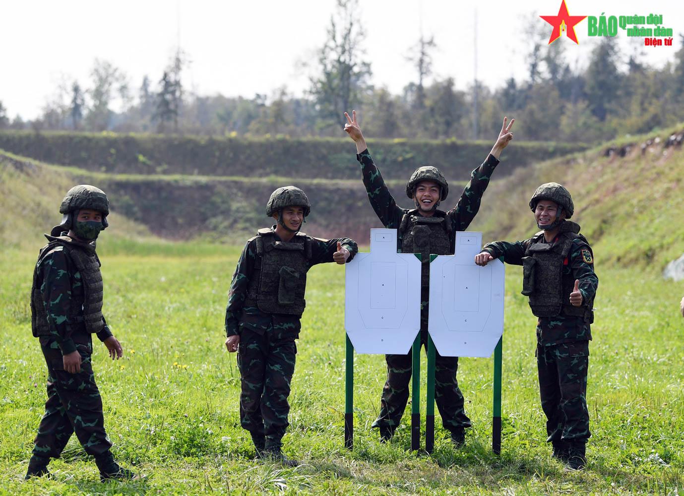Đội tuyển Kinh tuyến đoạt huy chương Đồng