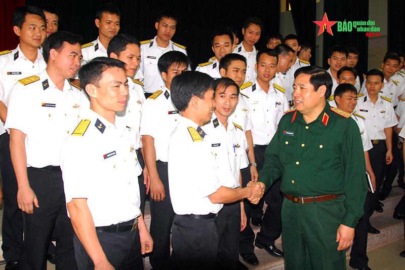 Những hình ảnh về Đại tướng Phùng Quang Thanh