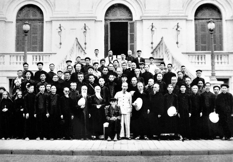 """Ngày này năm xưa: 3-9-1945: Bác Hồ khẳng định: """"Tín ngưỡng tự do và Lương giáo đoàn kết"""""""