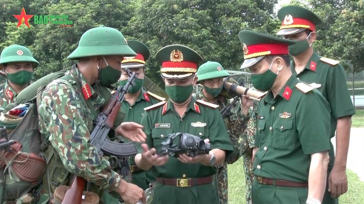 Lãnh đạo Quân khu 2 kiểm tra công tác sẵn sàng chiến đấu và phòng chống dịch
