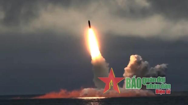 Hải quân Nga phóng thử thành công tên lửa đạn đạo từ tàu ngầm