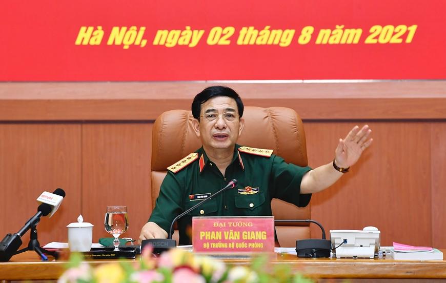 Toàn quân thực hiện tốt nhiệm vụ quân sự, quốc phòng tháng 7 năm 2021
